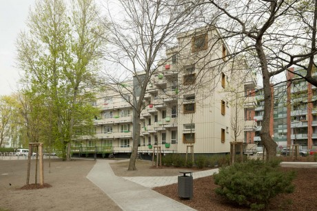 Siegmunds Hof Building 10
